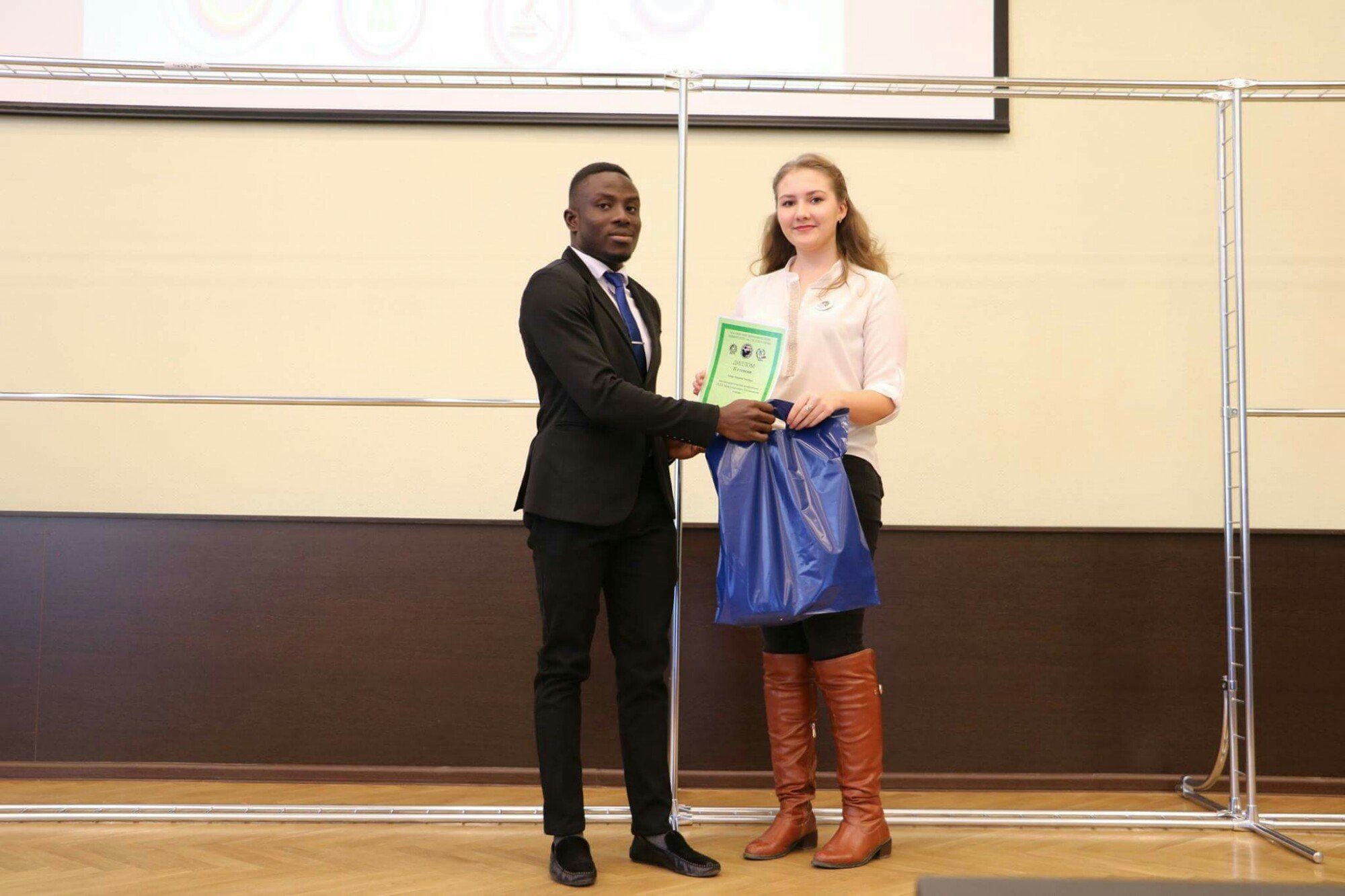 Nigerian Government Scholar Wins Prestigious Plekhanov Award In Moscow